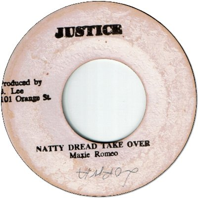 NATTY DREAD TAKE OVER (VG) / A LAUGHING VERSION (VG)